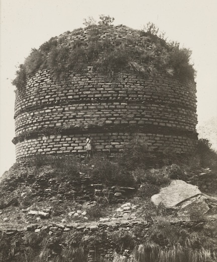 Amluk Data Stupa in 1926.